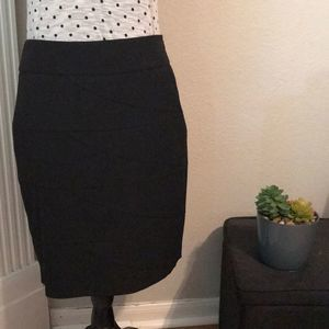 ❤️️ Limited Pencil Skirt